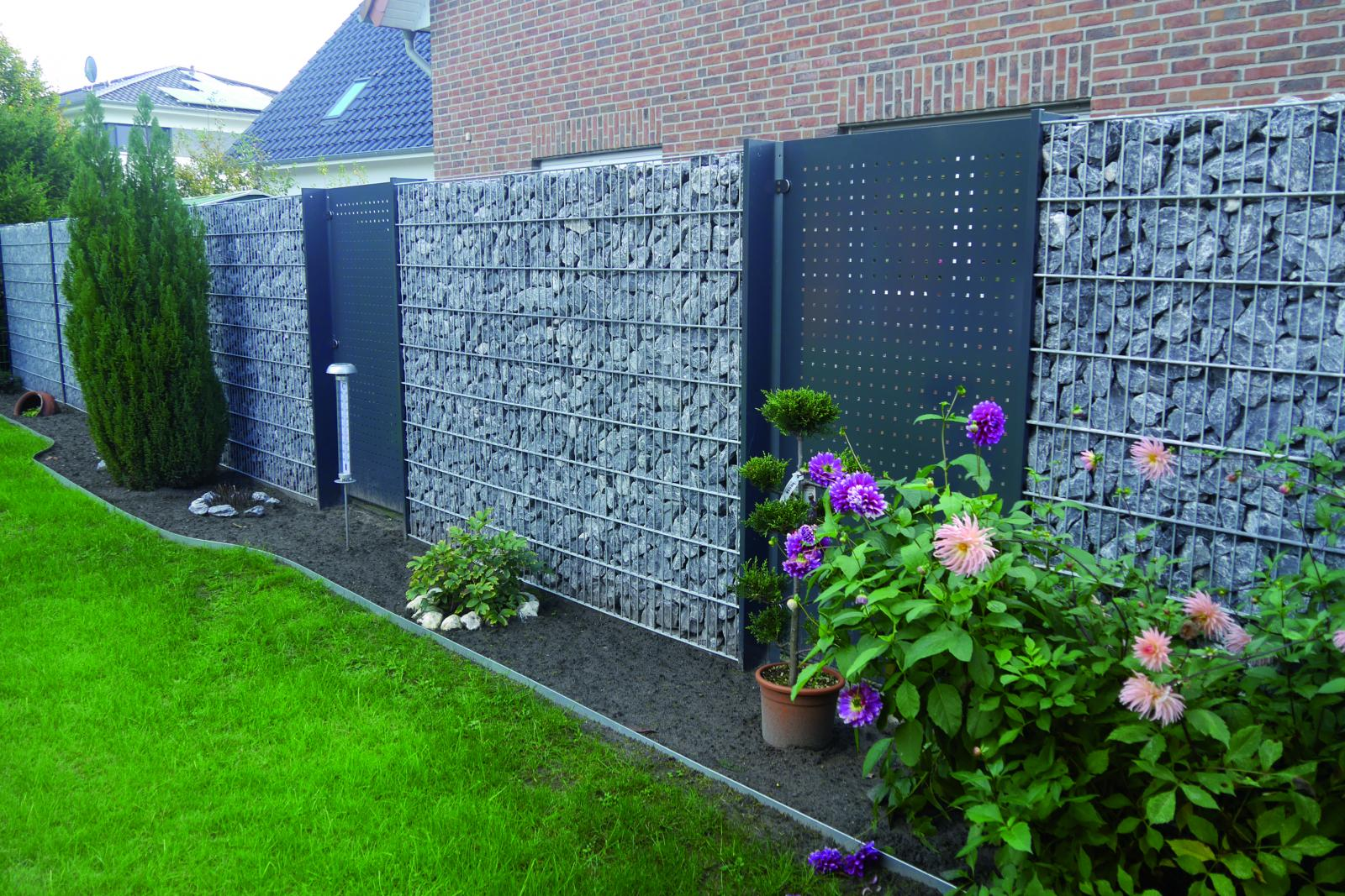 Sichtschutz Als Gartenzaun Schutz Vor Neugierigen Nachbarn